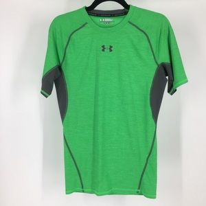 Under armor green heat gear breathable sport tee l